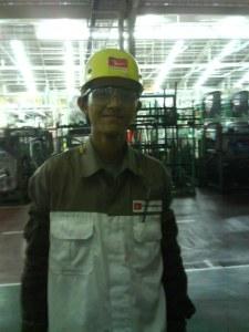 Saat Berseragam Karyawan Daihatsu(model welding)