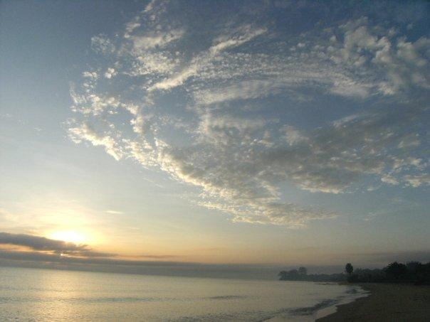 Latar Pantai Bacar Nggeneng