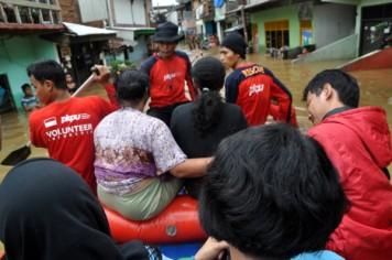 Evakuasi Warga Korban Banjir sebagai Aktivitas Emergency Response