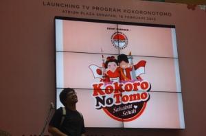 memimpin-lagu-happy-birthday-for-japan-indonesia