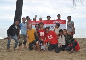 12 Foto Relawan