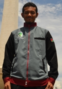 Joe at Monas Mar 2013