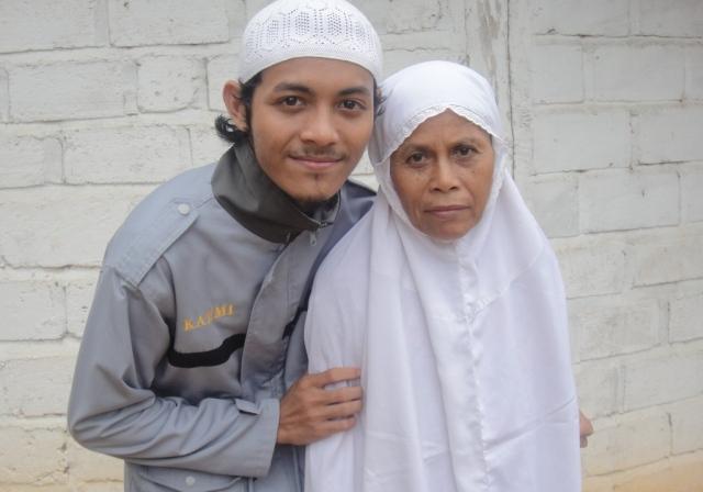 Joe and Ma'e di Hari Raya Idul Fitri 2011