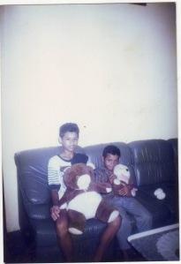 Joe dan Kak Ir saat di rumah Mbah Marni/Yasin Bancar