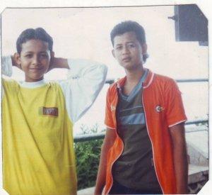 Joe dan Kak Ir saat usia SMP di Gunung Bromo Malang