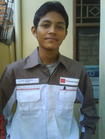 joe-as-daihatsu-employer-2007