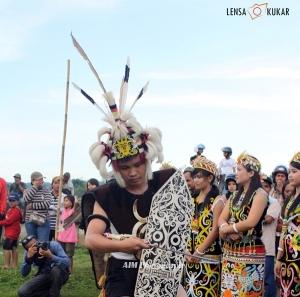 Upacara Adat Suku Dayak