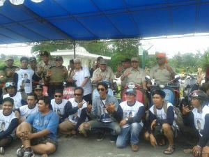 With Komunitas Vespa Antik