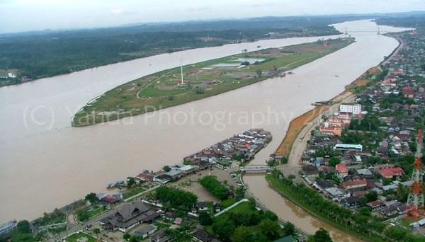 Pulau Kumala dan Kota Tenggarong, Sumber Gambar dari sini