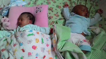 Ayumi chan dan sepupunya, Maryam.